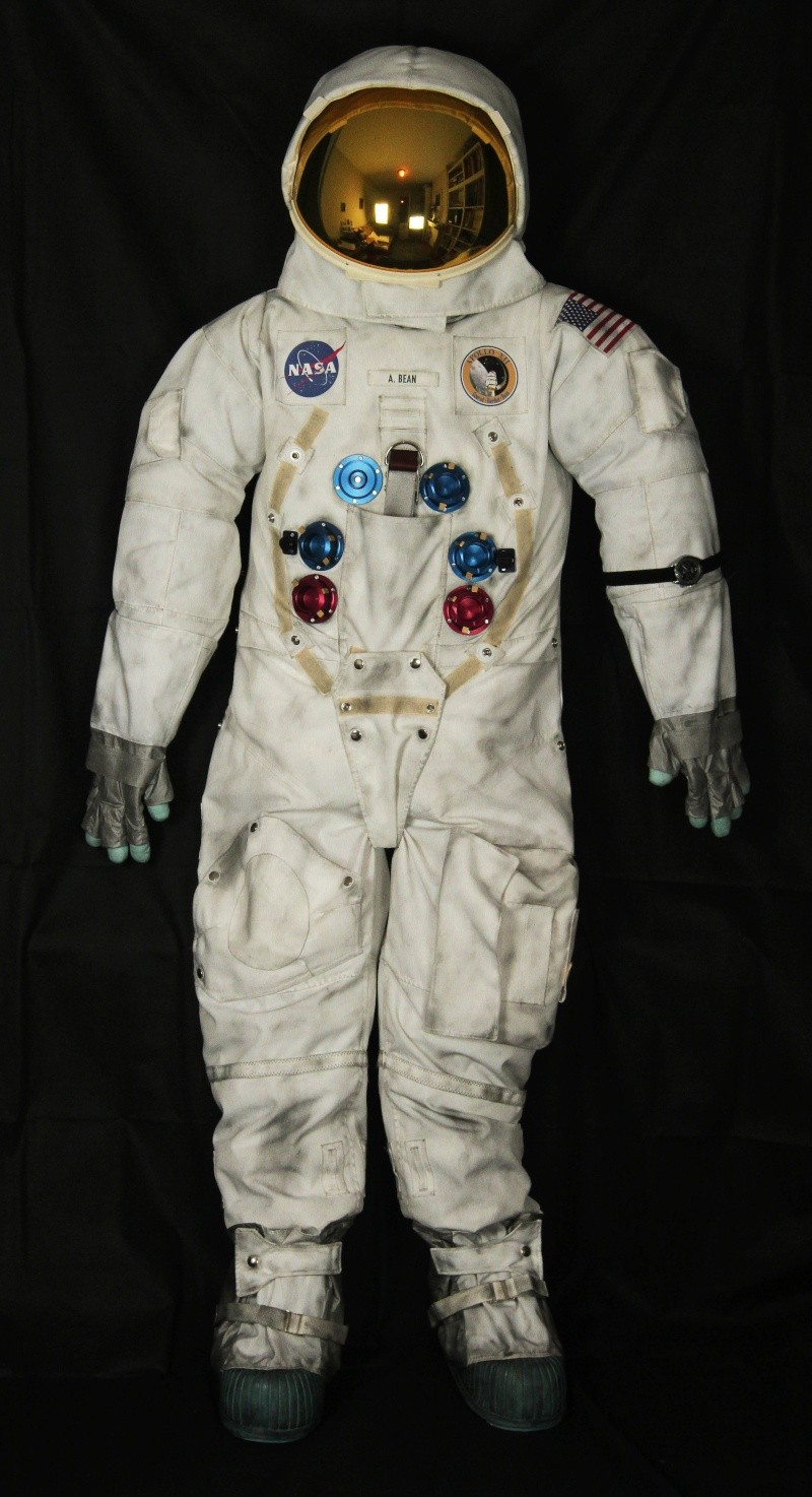 apollo a7l spacesuit - photo #14