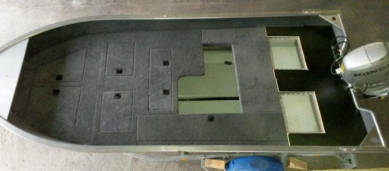 moquette marine. Black Bedroom Furniture Sets. Home Design Ideas