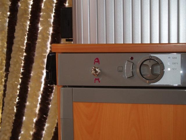 montage de ventilateur pour frigo accjv. Black Bedroom Furniture Sets. Home Design Ideas
