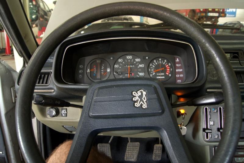 planete 205 l 39 histoire de ma peugeot 505 sti les vieilles peugeot et les voitures d. Black Bedroom Furniture Sets. Home Design Ideas
