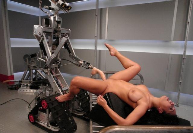 domashniy-seks-s-robotom