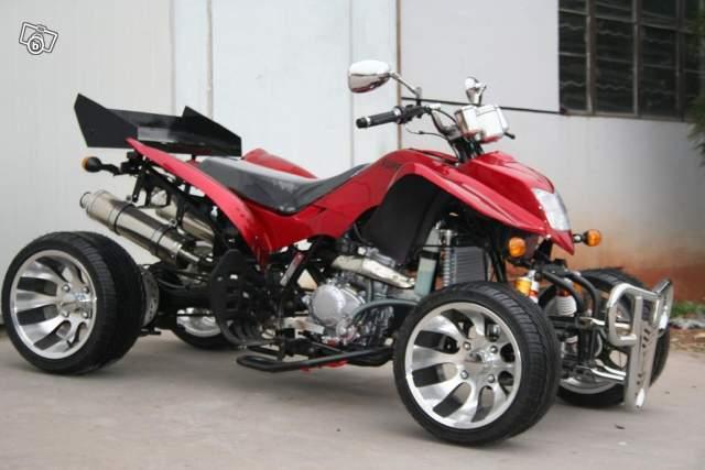 moto 4 roues vente quad moto 4 roues aeon cobra 400 sur le mans 72 la moto 4 roues faudrait. Black Bedroom Furniture Sets. Home Design Ideas