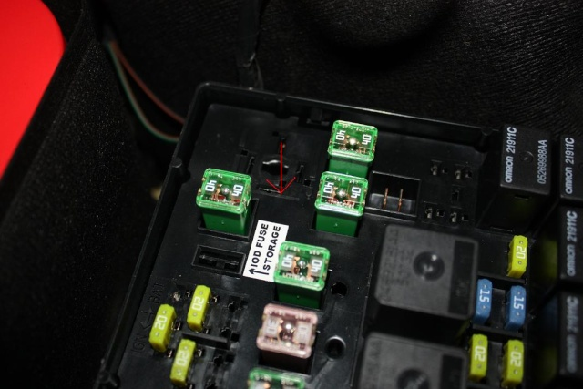 T5724298 Cigarette lighters not furthermore Watch together with Watch likewise Wiring Diagram As Well Car Stereo Furthermore further T665 Fusibles. on 2004 jeep grand cherokee fuse box diagram