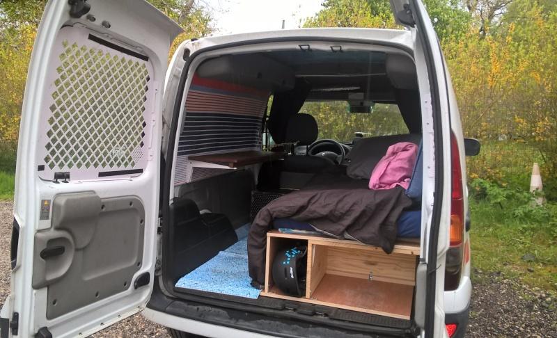 am nagement kangoo express page 2. Black Bedroom Furniture Sets. Home Design Ideas