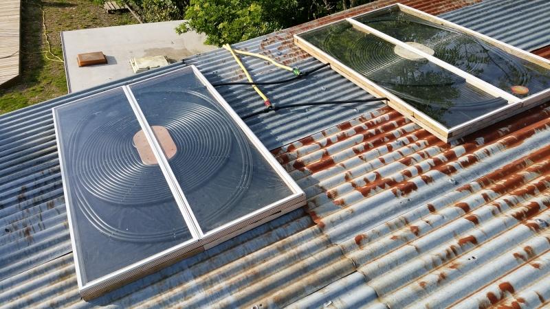 Chauffage solaire pour piscine for Chauffage solaire piscine giordano
