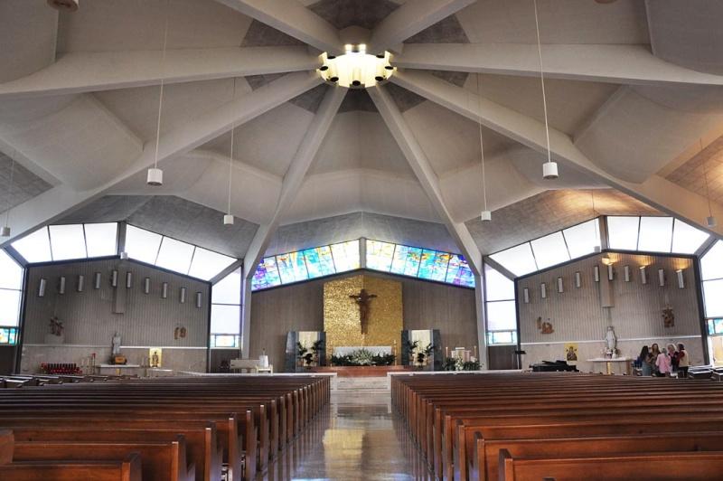 Re eglises et lieux de culte space age vintage chapel and church