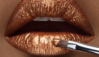 Sexy Gold LIPS: ALL THINGS GOLDEN